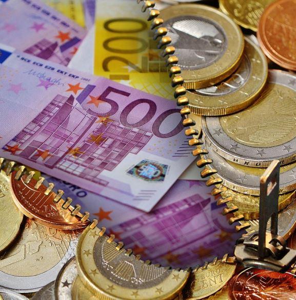 money-1552547_1280_2