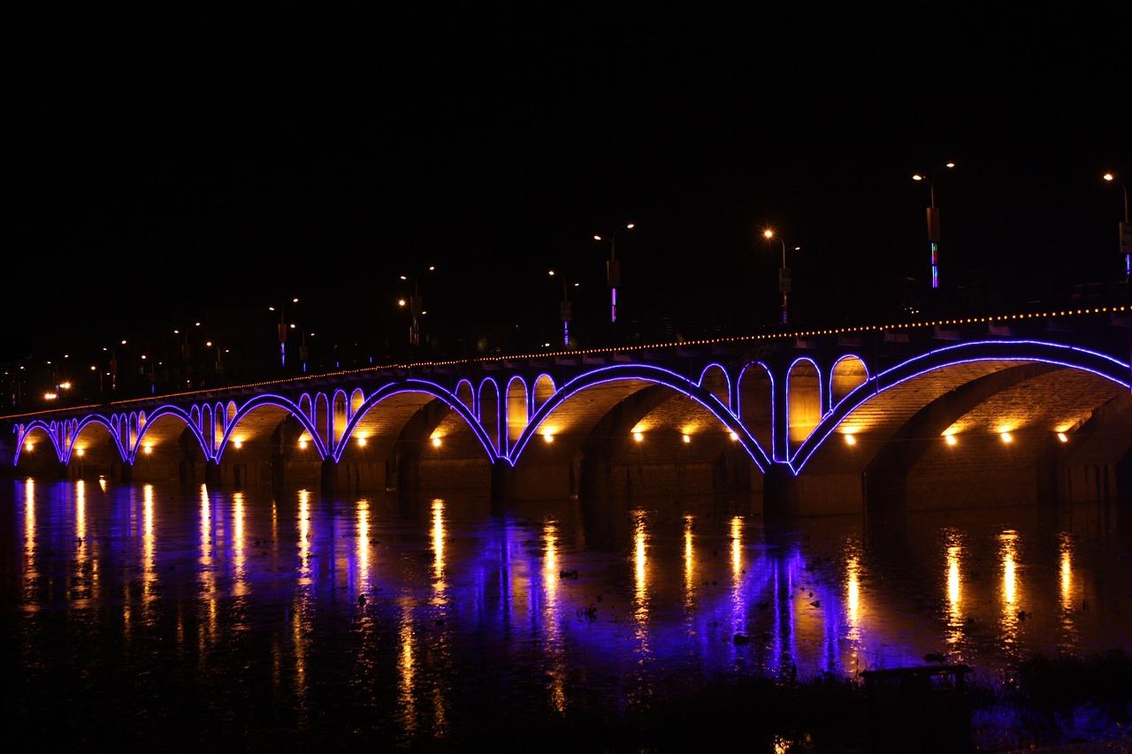 bridge-659376_1280